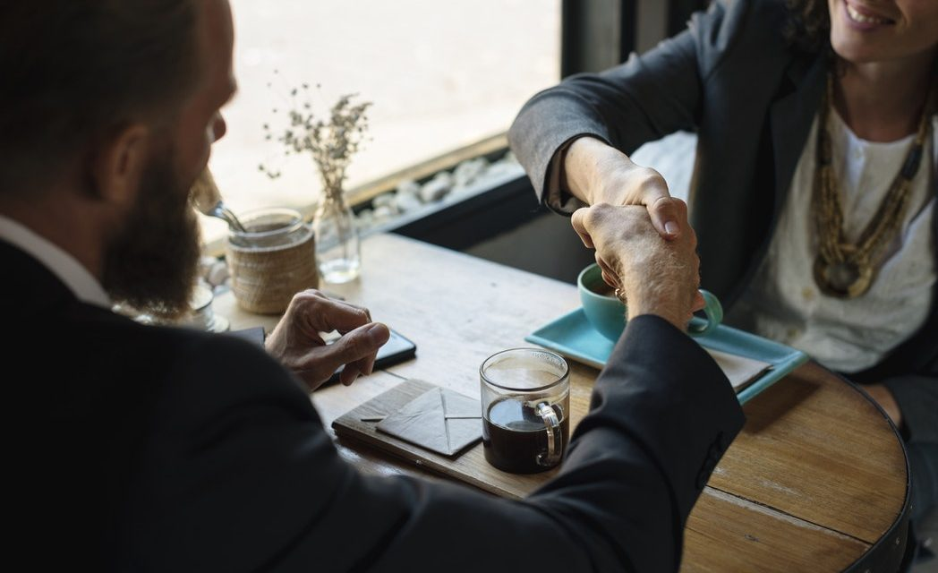 Hoe maak ik een goede indruk tijdens een sollicitatiegesprek